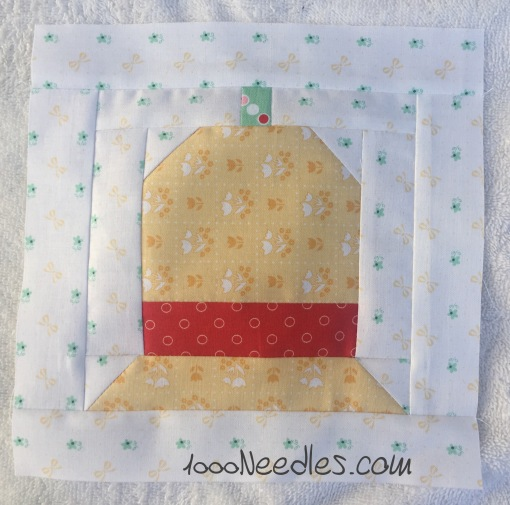 Have yourself a little quilty Christmas! August kit - Block 3 8/20/2016